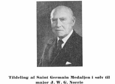 Tildeling af Saint Germain medaljen i sølv til major J. W. G. Norrie